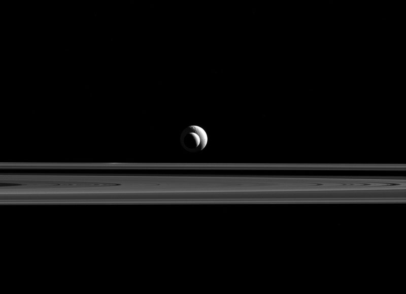 Cassini Captures Saturn Moons in Perfect Alignment with Rings