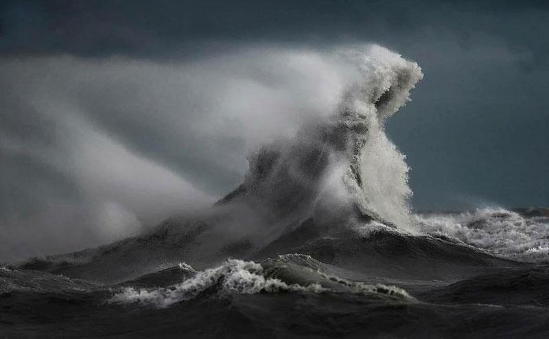 crashing waves liquid mountains by dave sandford (10)