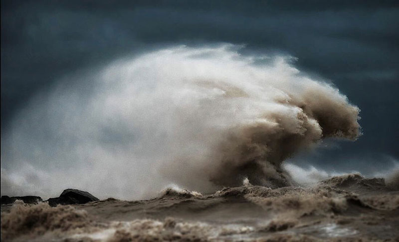 crashing waves liquid mountains by dave sandford (12)