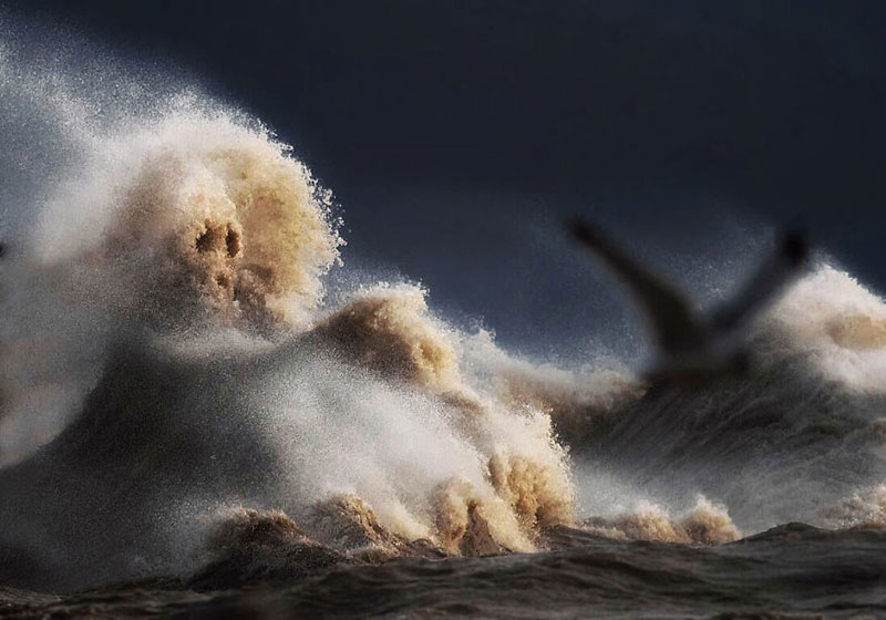 crashing waves liquid mountains by dave sandford (13)