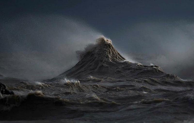 crashing waves liquid mountains by dave sandford (5)