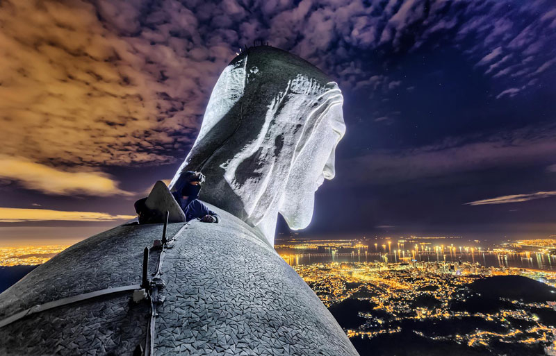 Daredevils Document Their Night Time Ascent of Rio's Christ the Redeemer