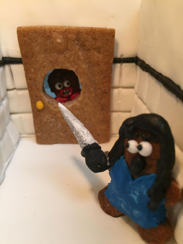 faimly makes ginerbread replica of the hotel from the shining (8)