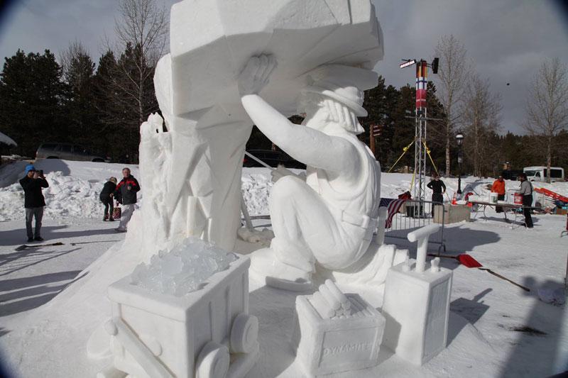 international snow sculpting championships 2016 breckenridge colorado (10)