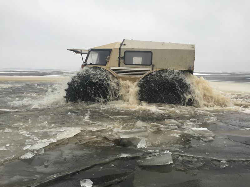 sherp atv russian amphibious truck with monster wheels (6)