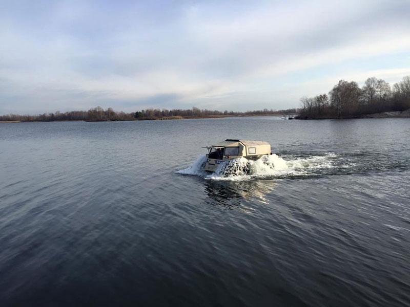sherp atv russian amphibious truck with monster wheels (9)