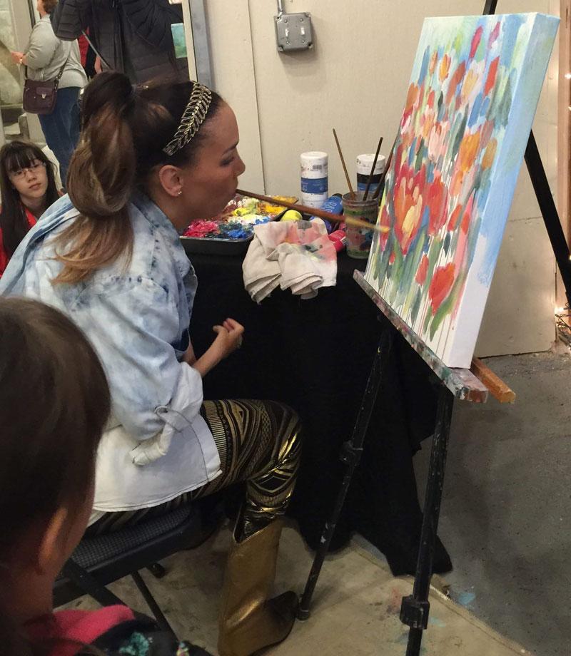 artist alana ciena tillman paints with her mouth (13)