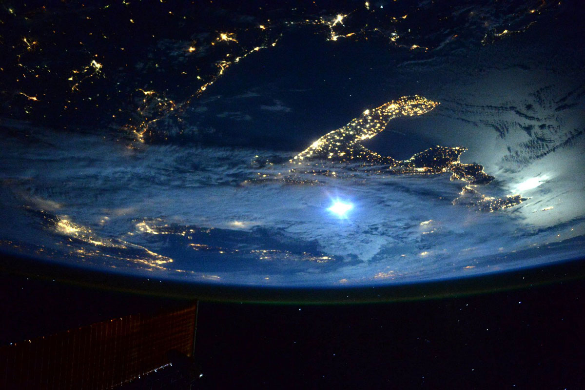 best pics from year in space nasa scott kelly (18)