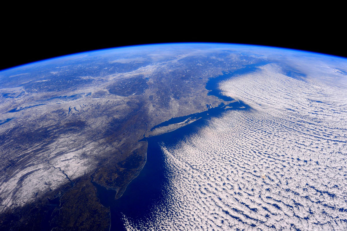 best pics from year in space nasa scott kelly (42)