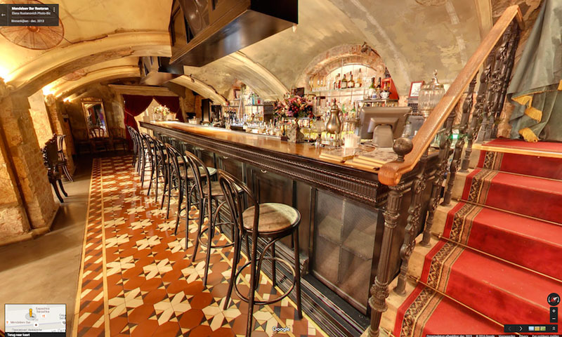 hidden speakeasy in moscow lucky noodle mendeleev bar (9)