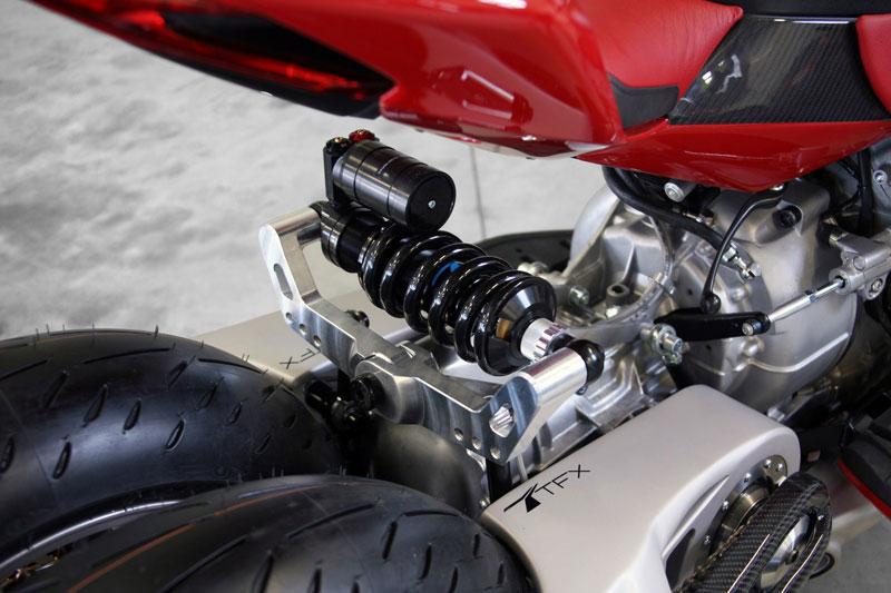 motorcycle powered by maserati engine Lazareth LM 847 (11)