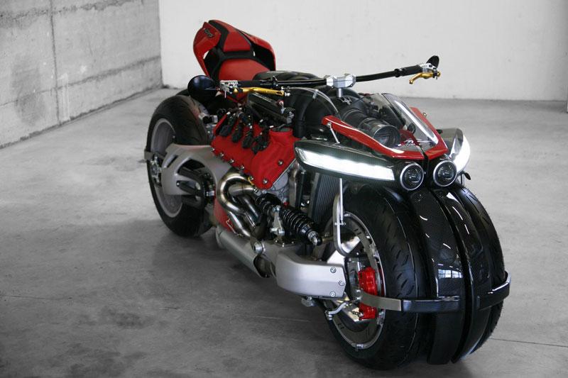 motorcycle powered by maserati engine Lazareth LM 847 (6)