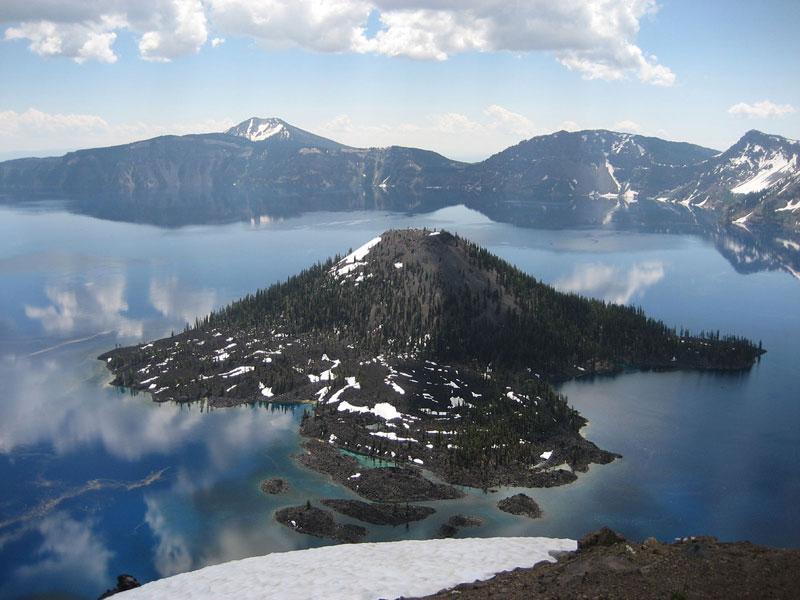 Wizard_island_crater_lake_oregon