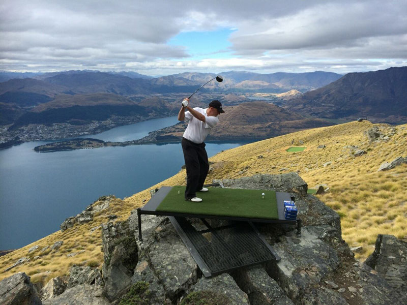 par 3 in the sky helicopter golf queenstown new zealand (5)