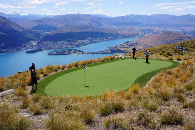 par 3 in the sky helicopter golf queenstown new zealand (6)