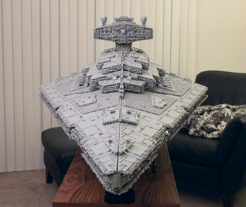 Guy Builds Amazing Lego Star Destroyer With Three-Level Interior (2)