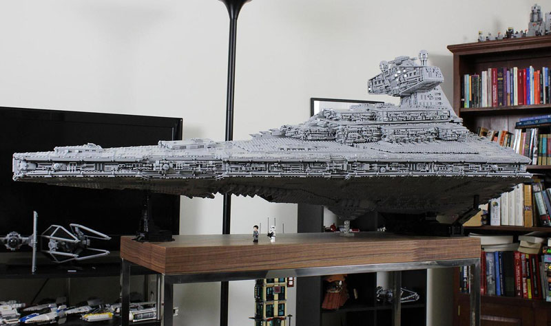 Guy Builds Amazing Lego Star Destroyer With Three-Level Interior (5)
