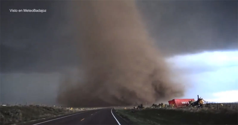 Terrifying Extreme Close-Up Video of Tornado Outside Wray, Colorado