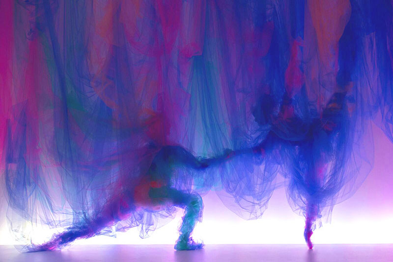 Tulle Installation 'The Dance' by Benjamin Shine (1)