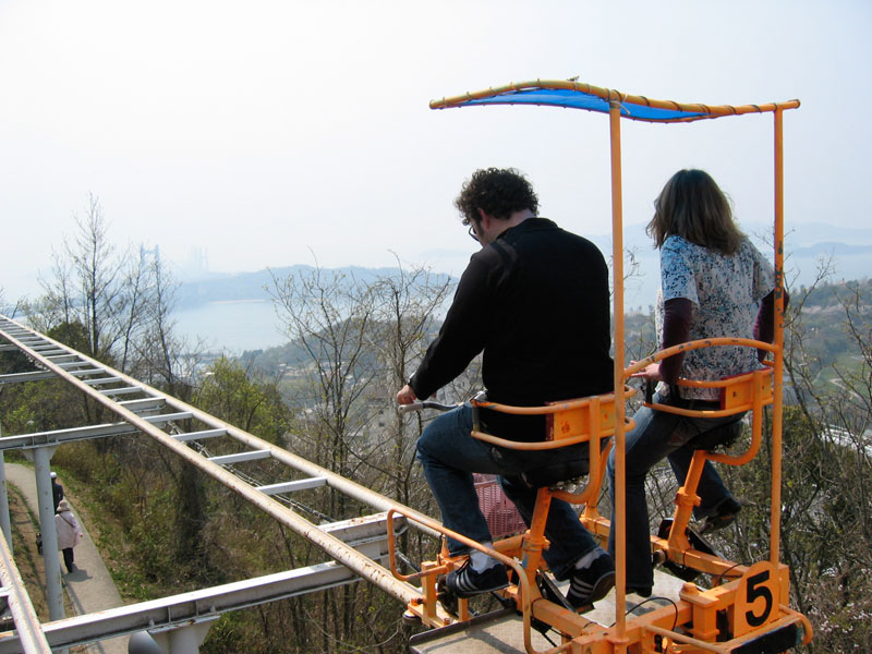 sky cycle pedal powered rolloer coaster japan (4)