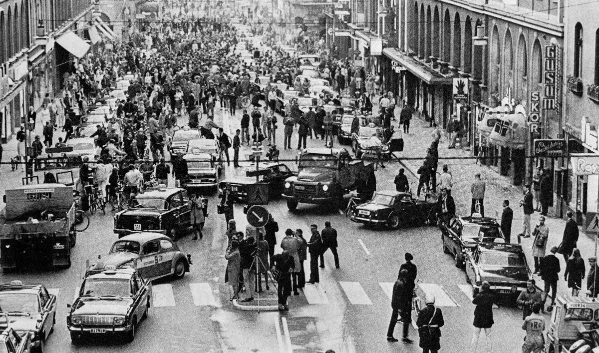 the day sweden switch sides for driving Picture of the Day: The Day Sweden Switched to the Other Side of the Road