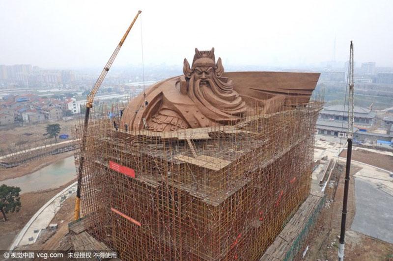 god of war guan yu statue jingzhou china (10)