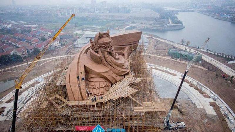 god of war guan yu statue jingzhou china (2)
