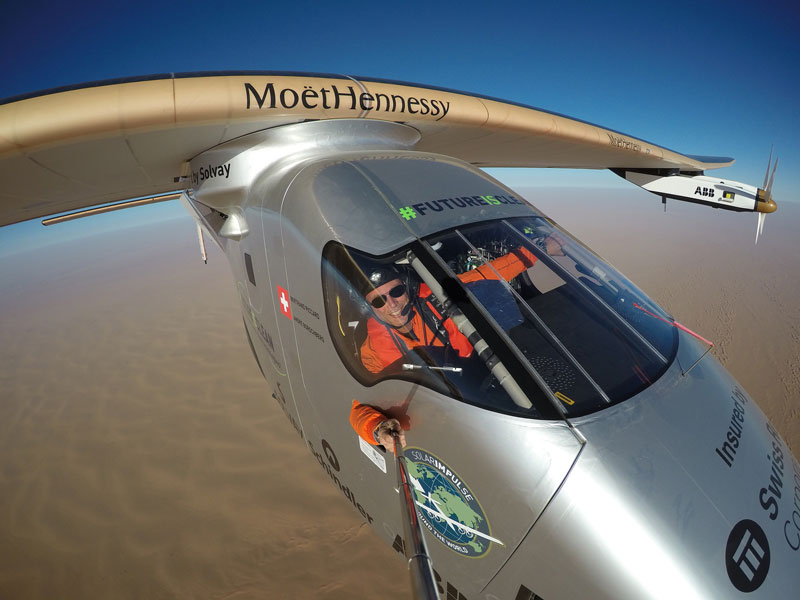 solar impulse Plane circumnavigates globe Without single Drop of Fuel (24)