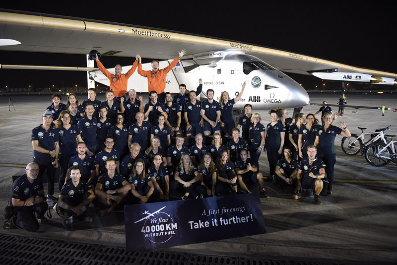 solar impulse Plane circumnavigates globe Without single Drop of Fuel (25)