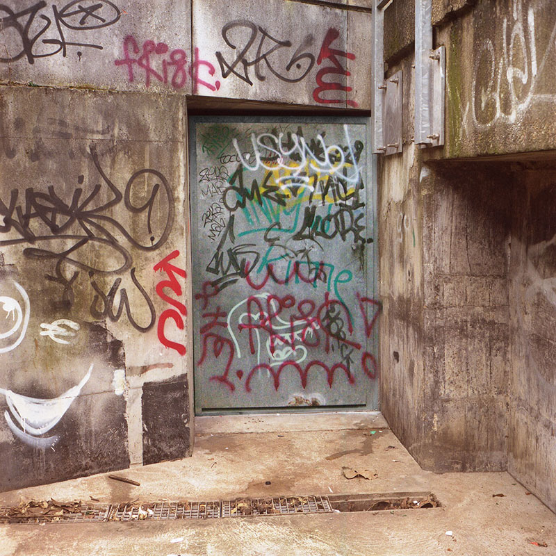 Street Artist Mathieu Tremblin Makes Graffiti Legible By Rewriting Them in Plain Text (4)