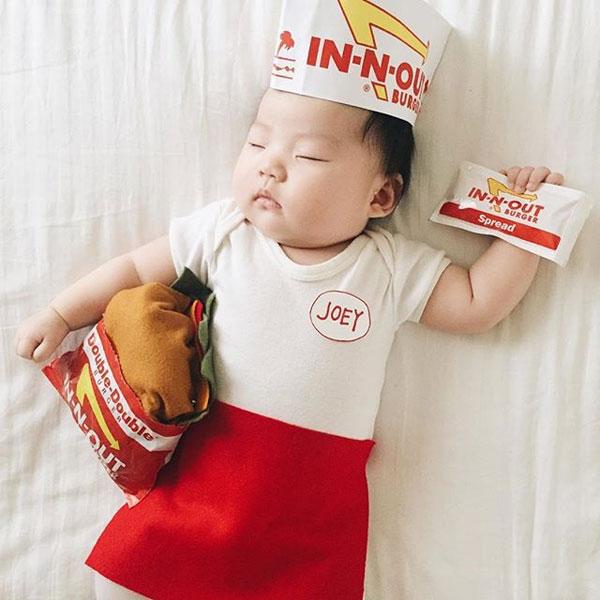 baby dress up costumes while she sleeps by laura izumikawa (10)