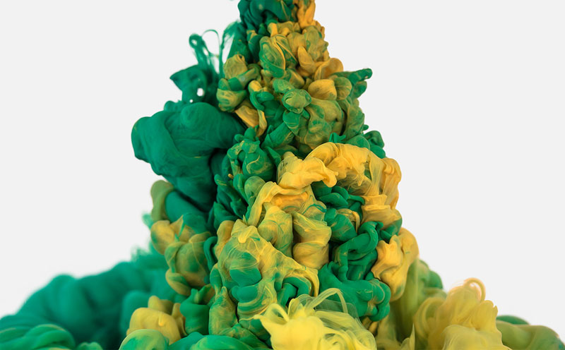 high-speed photos of ink dropped into water by alberto seveso (14)
