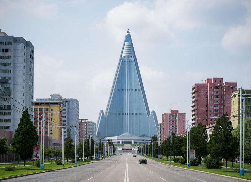 Architectural Photo Tour of Pyongyang, North Korea