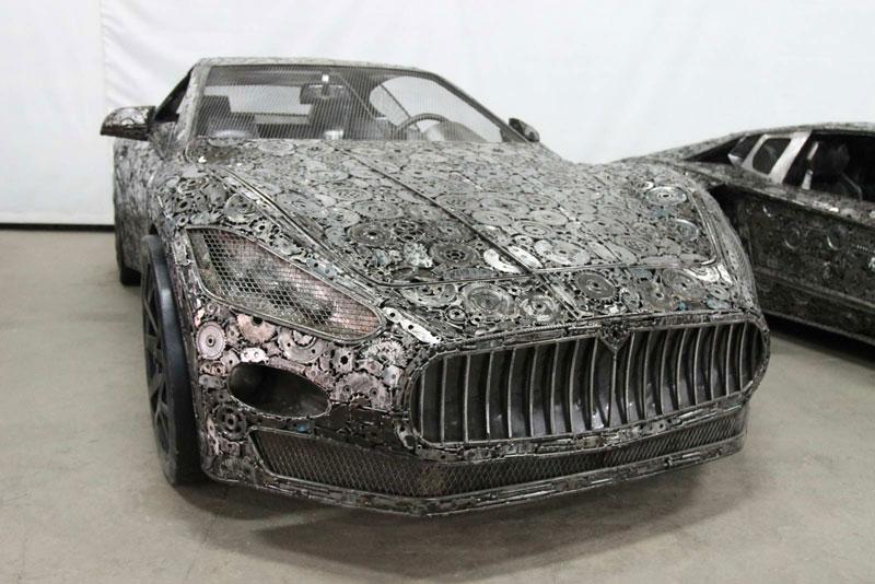 scrap metal supercars gallery of steel figures pruszkow poland 7 Scrap Metal Supercars (12 Photos)