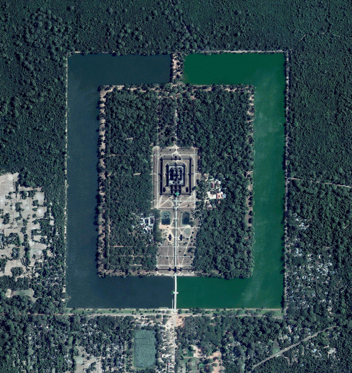 17 angkor wat 15 High Res Photos That Will Give You a New Perspective on Earth