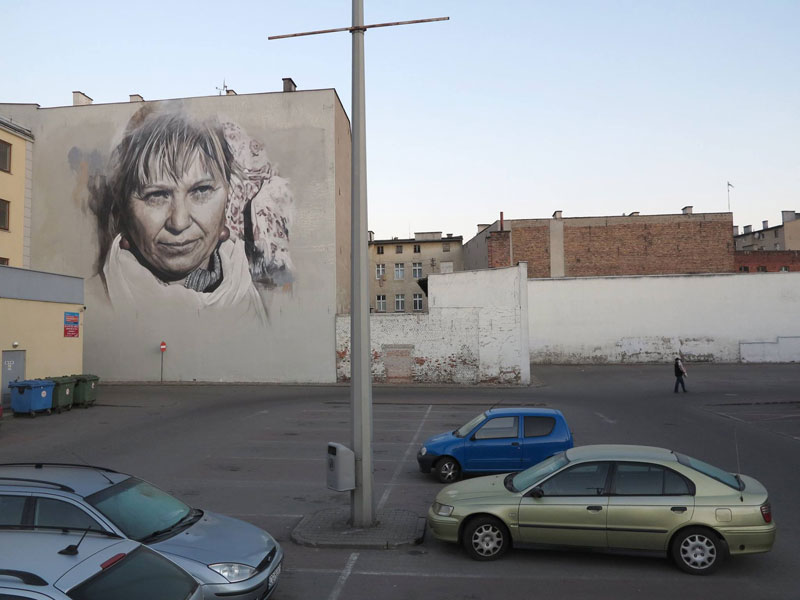 guido van helten street art 8 Colossal Humans by Guido Van Helten (12 Artworks)
