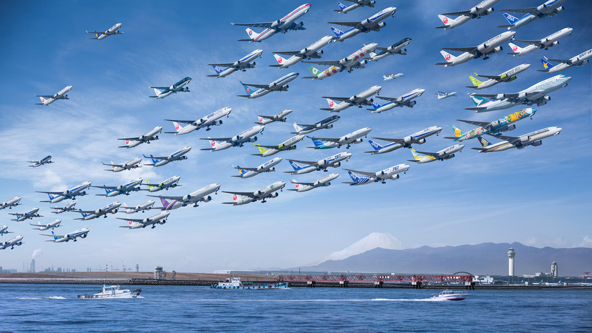 tokyo haneda 05 great wave These Composites of Planes Taking Off and Landing Show How Connected the World Is