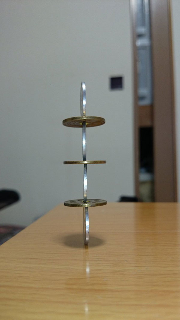 amazing coin stacking by thumb tani on twitter 15 Next Level Coin Stacking by @Thumb Tani