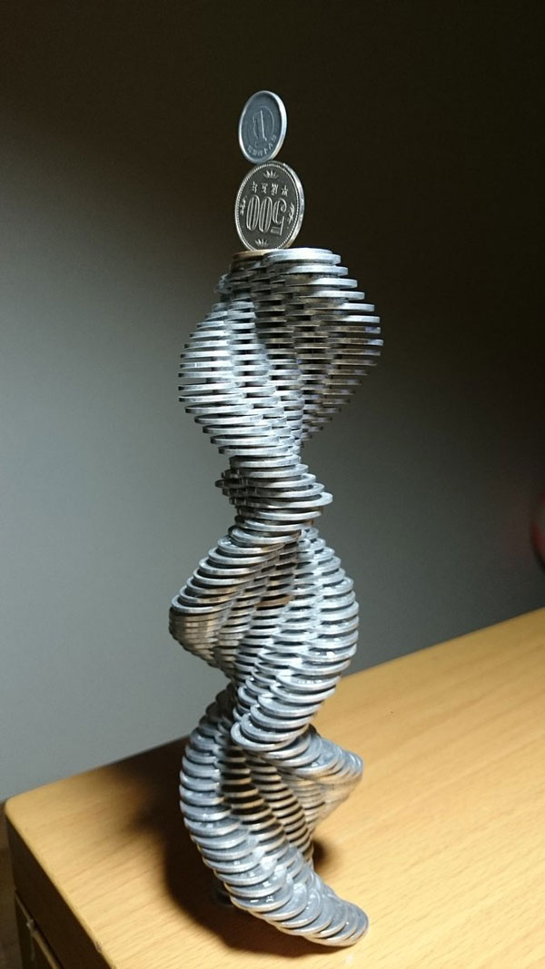 amazing coin stacking by thumb tani on twitter 17 Next Level Coin Stacking by @Thumb Tani