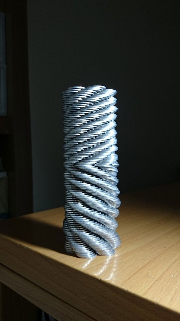 amazing coin stacking by thumb tani on twitter 20 Next Level Coin Stacking by @Thumb Tani