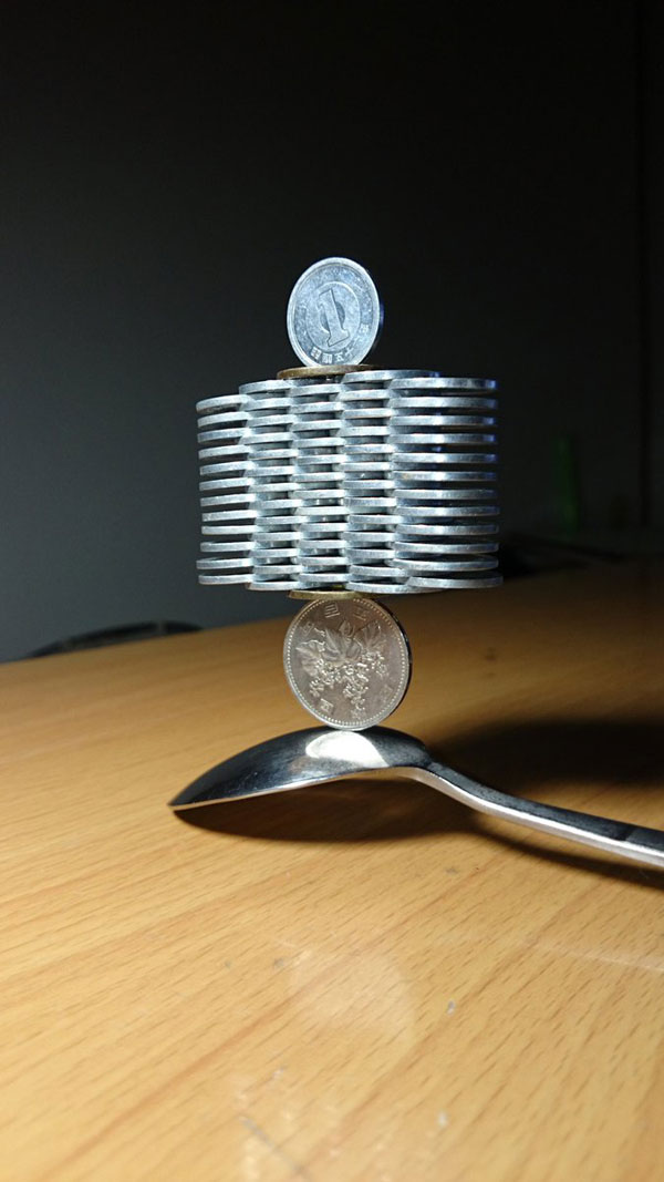 amazing coin stacking by thumb tani on twitter 22 Next Level Coin Stacking by @Thumb Tani