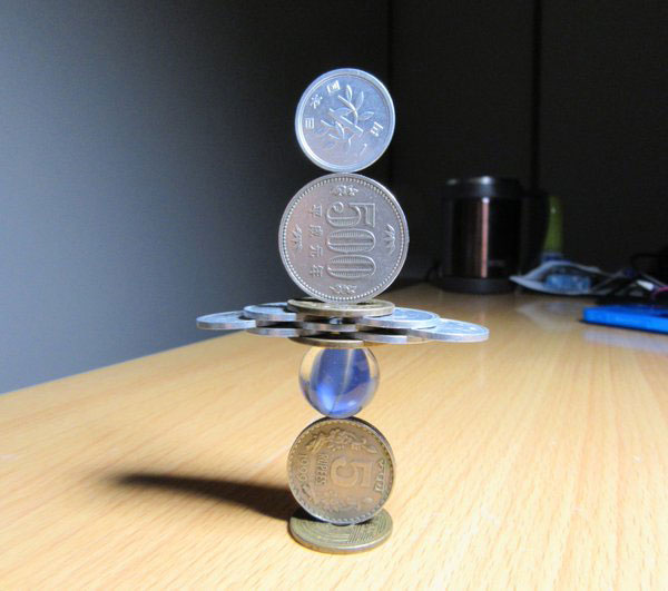 amazing coin stacking by thumb tani on twitter 5 Next Level Coin Stacking by @Thumb Tani