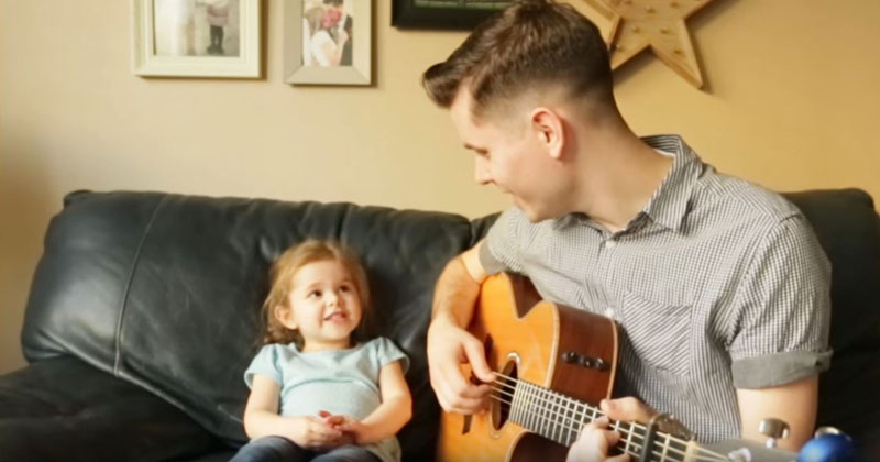 """Father and 4-Year-Old Daughter Sing Adorable Rendition of """"You've Got a Friend in Me"""""""