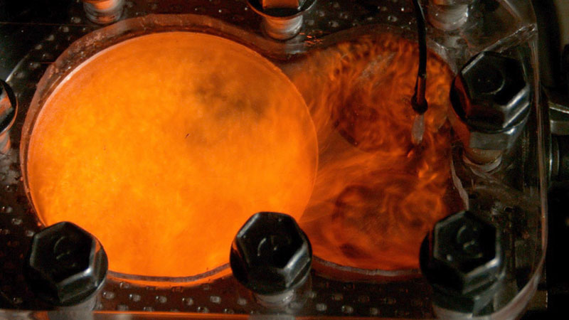 4K Slow Motion: Visualizing Combustion with a See Through Engine and Phantom Camera