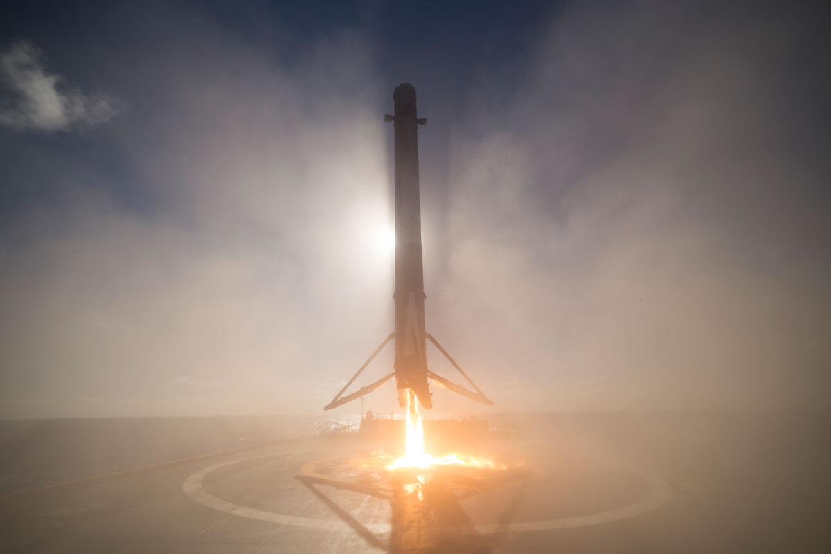 spacex launch and land january 2017 12 14 Amazing HQ Photos from SpaceXs Successful Launch and Landing