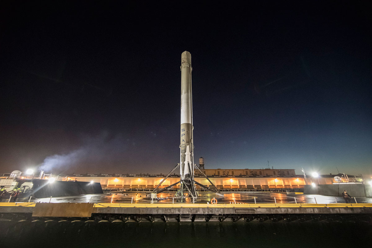 spacex launch and land january 2017 13 14 Amazing HQ Photos from SpaceXs Successful Launch and Landing