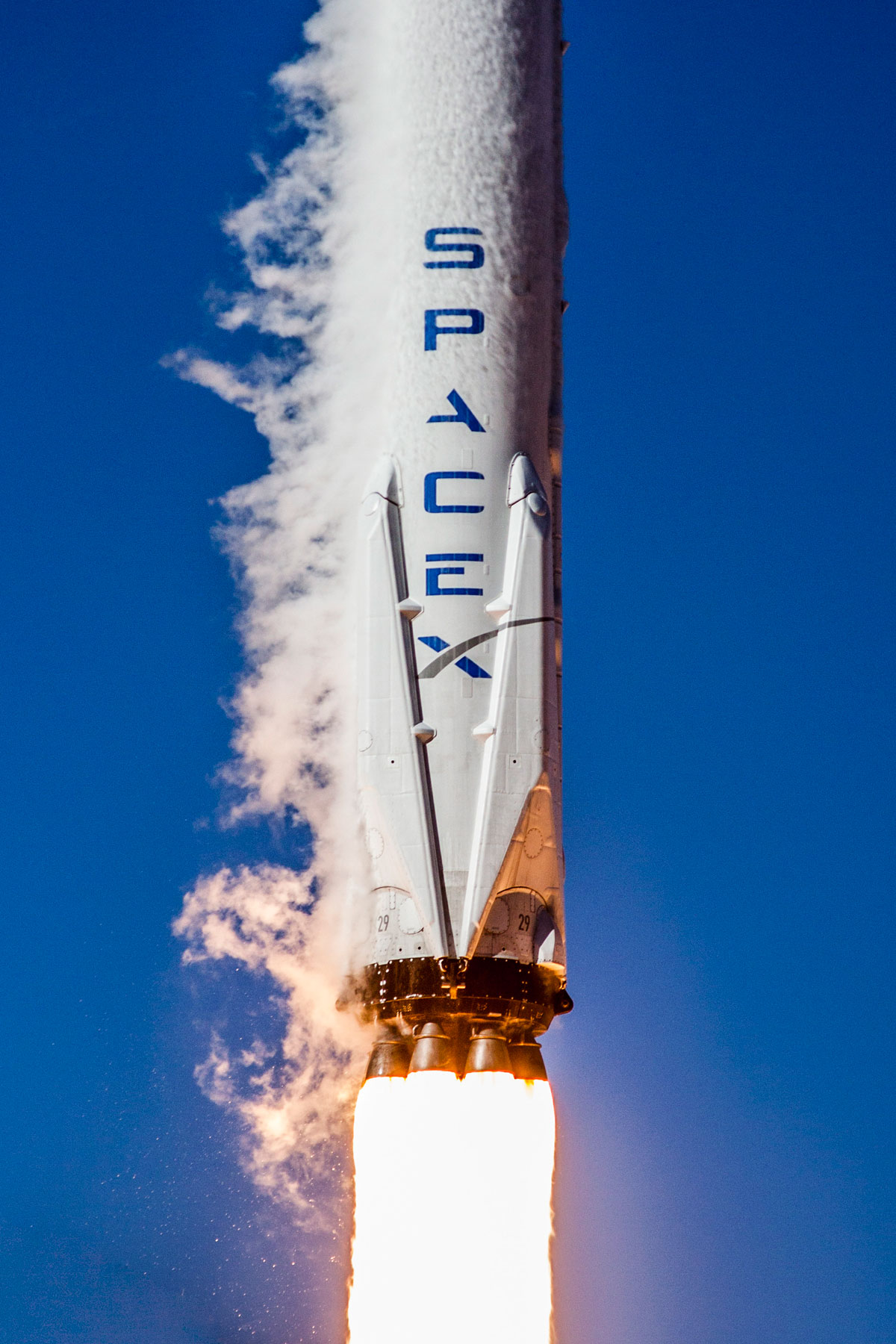 spacex launch and land january 2017 8 14 Amazing HQ Photos from SpaceXs Successful Launch and Landing