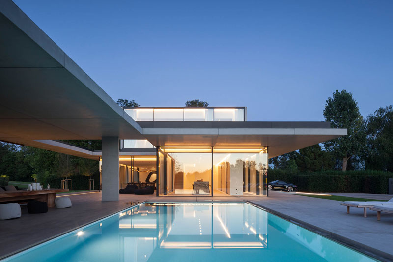 residence vdb by govaert and vanhoutte architects 2 This Guy Built His Dream Bachelor Pad With an Underground Club