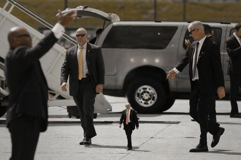 tiny trump meme photoshop reddit 7 Tiny Trump is What the World Needs Right Now