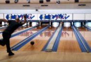 Two Handed Bowler Sets World Record with 12 Strikes in 86.9 Seconds
